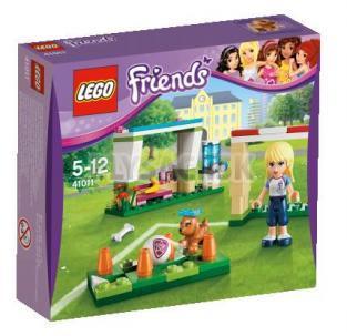 LEGO Friends - Stephanie trénuje futbal