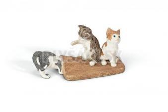 Schleich - 3 Mačiatka hrajúce sa pod kobercom