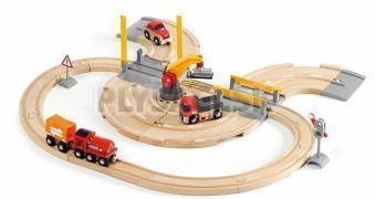BRIO - Vláčikodráha s nákl. vlakom, závorami a prejazdom
