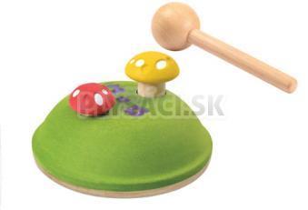 Plan Toys EKO - zatĺkačka huby na kopci