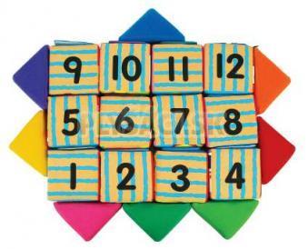 K's Kids - Sada veselých látkových kociek, 12 kociek a 8 trojuholníkov
